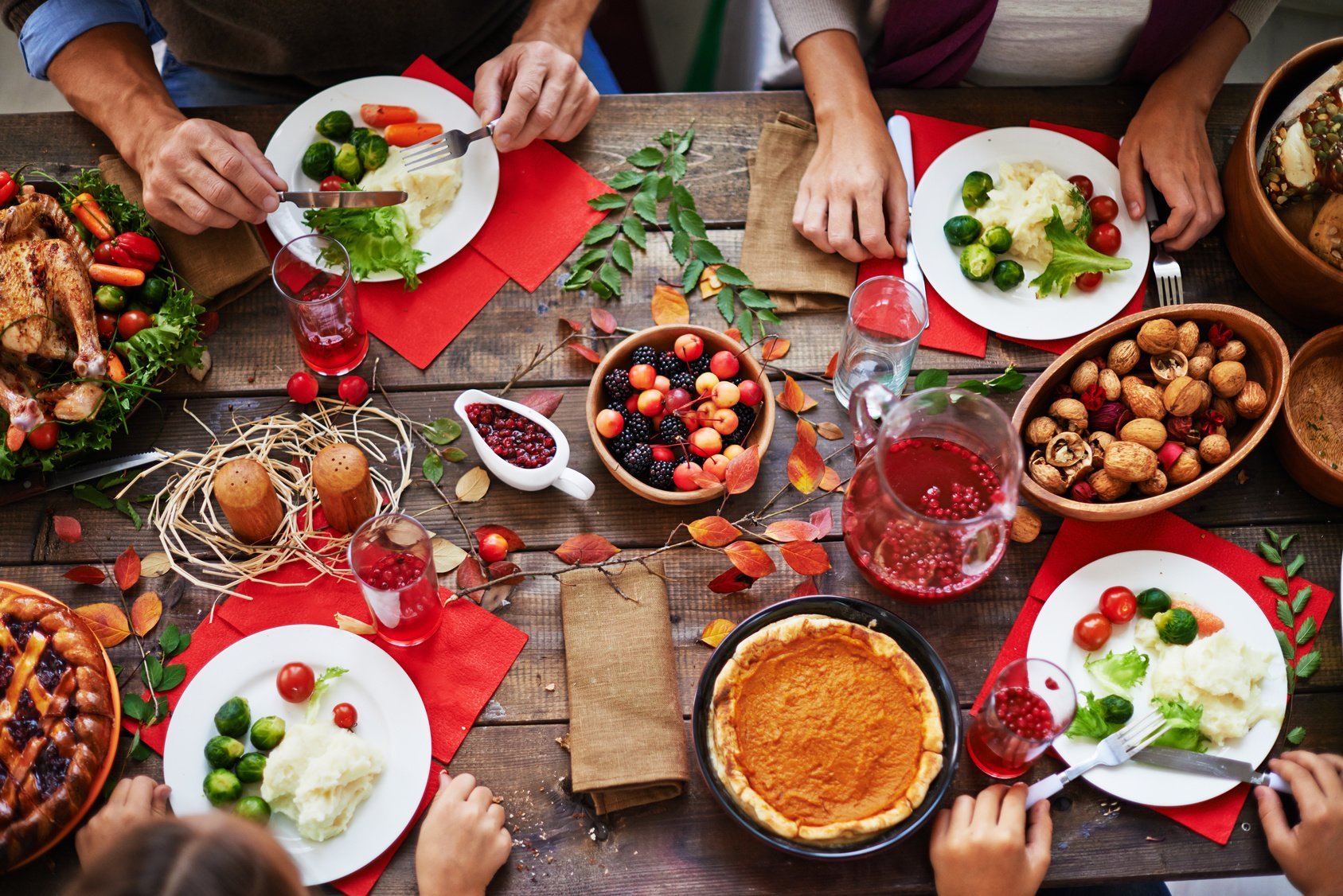 How to Host a Pinterest-Worthy Thanksgiving